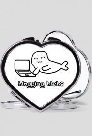 Blogging Blebs - lusterko w kształcie serca