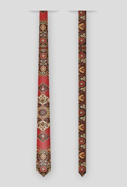Dywanowy krawat